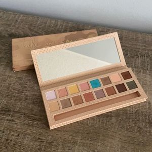 NEW Kylie Cosmetics Take me on Vacation Palette